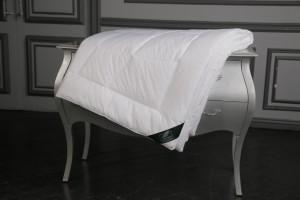 Одеяло Flaum Mais 200х220 легкое