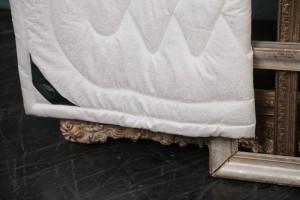 Одеяло Flaum Lama 200x220 всесезонное