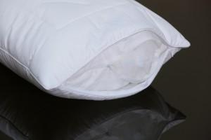 Подушка детская Flaum Stern 40x60 средней упругости