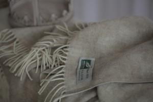 Плед Flaum Verena 140x200 шерстяной бежевый
