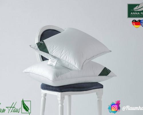 Подушка Flaum Eis 70x70 средней упругости